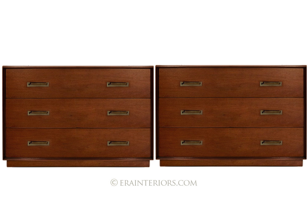 Twentieth Century Single Dresser